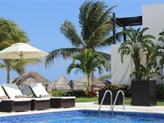 Azul Hotel & Beach Resort