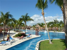 Barcelo Maya Colonial Beach