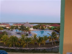 Memories Caribe Beach Resort