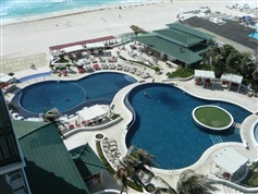 Sandos Cancun Luxury Experience Resort
